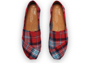 Hi Lovely | Black Friday Deals | TOMS plaid shoes