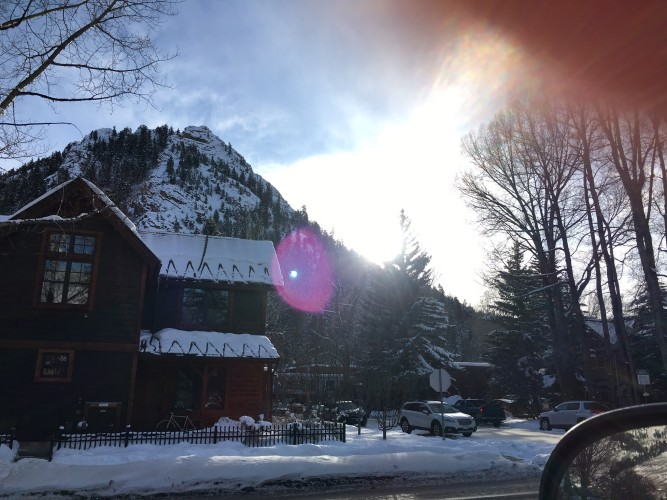 Hi Lovely | Aspen Family Vacation | Aspen Shopping and Skiing