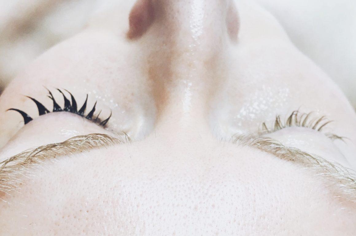 Hyaluronic Facial Austin | Lash Lift + Tint Austin | Hi Lovely | Peppermint Pedi Parlor